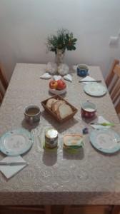 20.11.2020 -Tradicionalni slov. zajtrk (družina Tjaše Lazar)